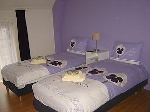 Het groene wout - Beige kamer en paarse ...
